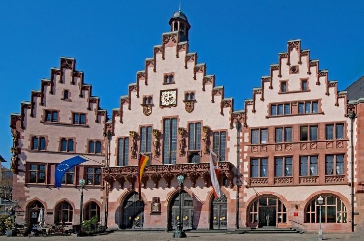 Frontansicht Römer Rathaus Frankfurt